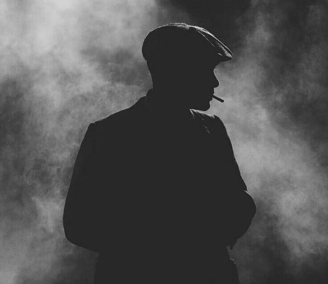 اضطراب الشخصية السوداوية| أسبابها وكيفَ تتعامل معها؟
