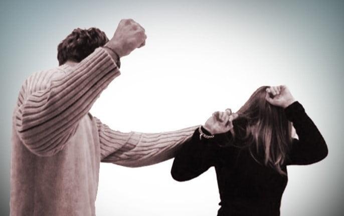 أسباب العنف ضد المرأة