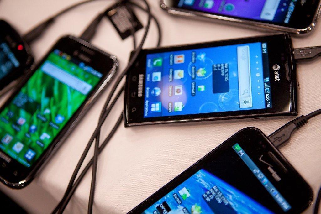 شاومي تزيح آبل من المركز الثالث في سوق الهواتف الذكية