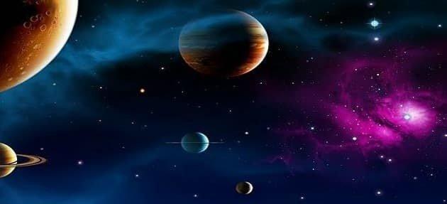 عالم الفضاء الخارجي